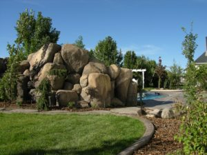 Backyard Swimming Pool Rocks