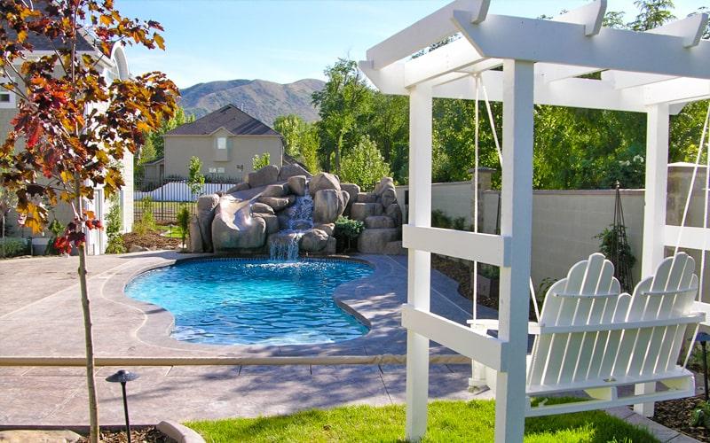 Custom backyard Pool Builders in Utah