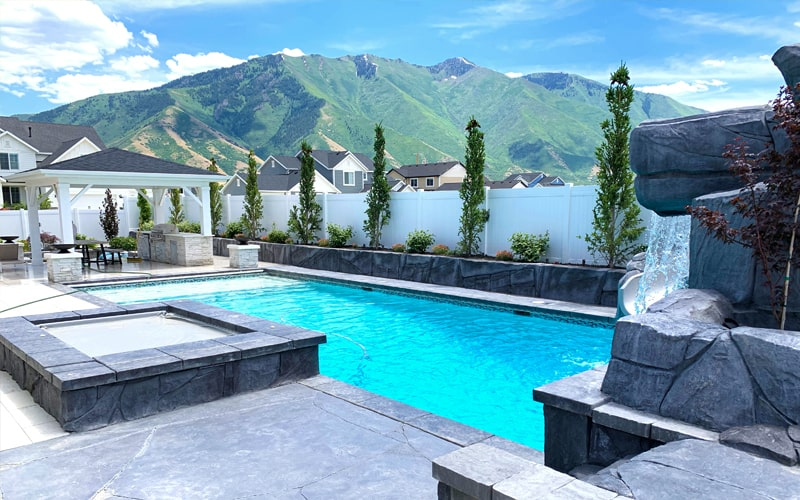 SBI Custom Geometric Pool Builders in Utah