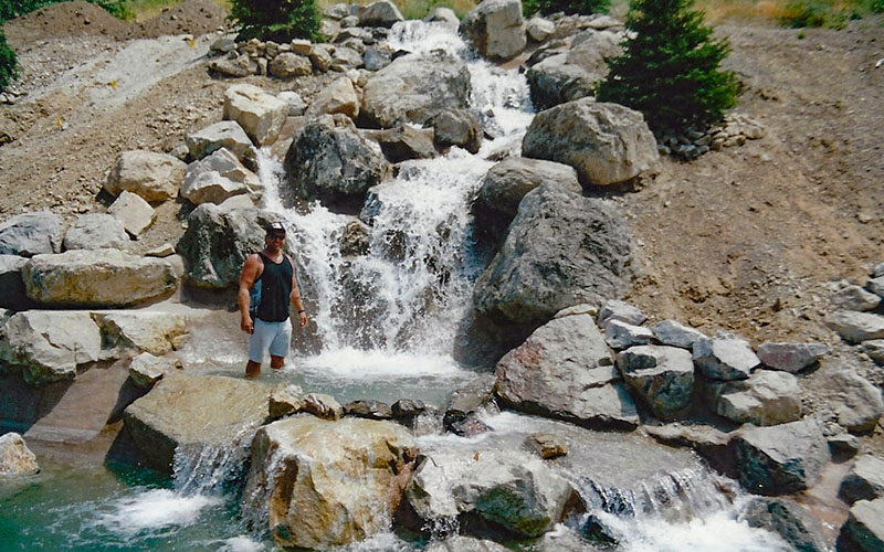 Custom SBI Backyard Waterfalls in Utah