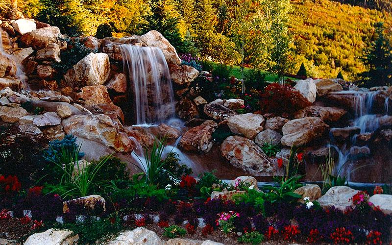 Utah custom pools with waterfalls